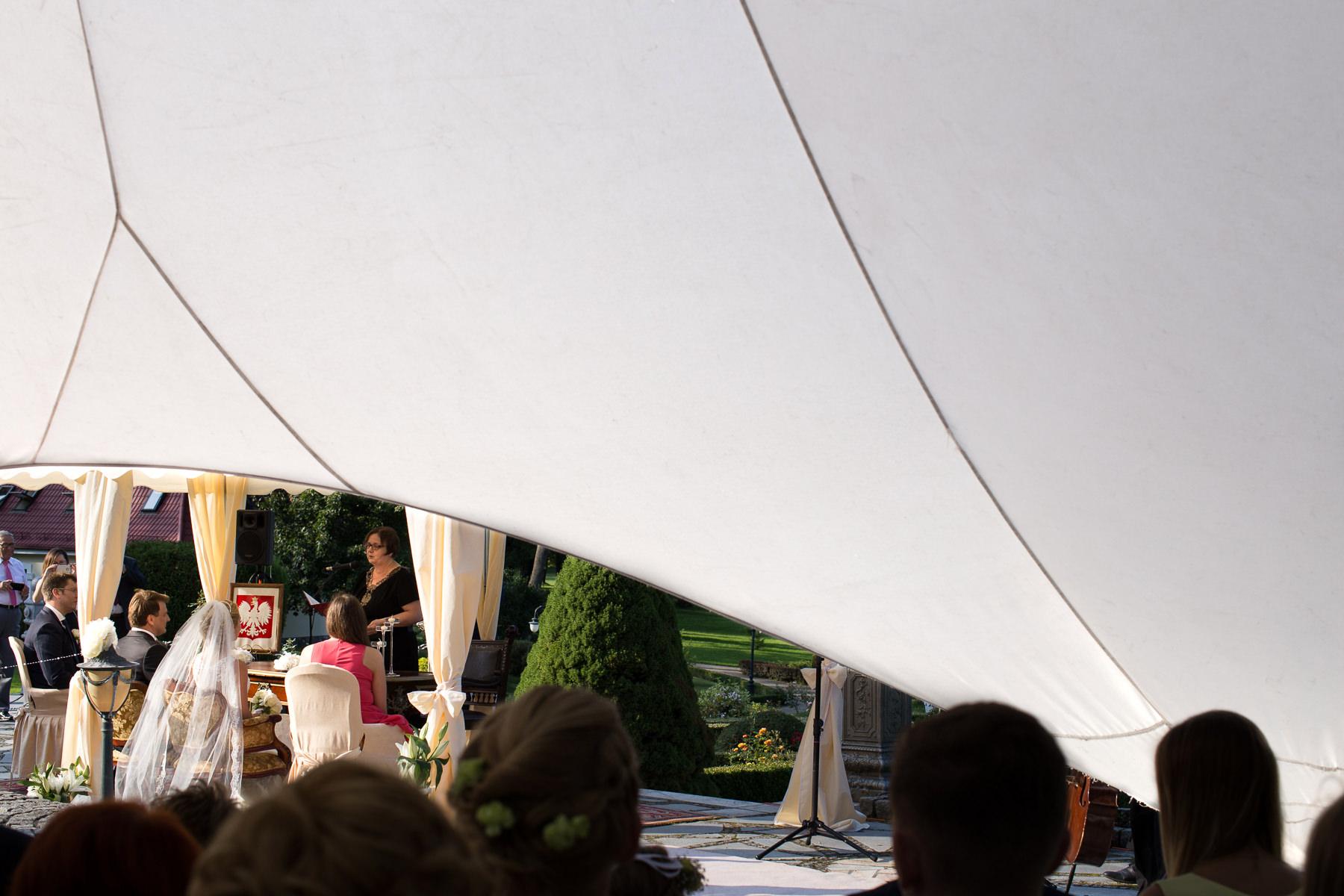 Ślub w plenerze Pałac w Strzekęcinie