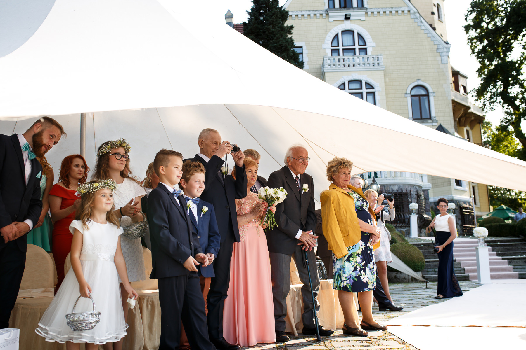 Ślub plenerowy w ogrodzie