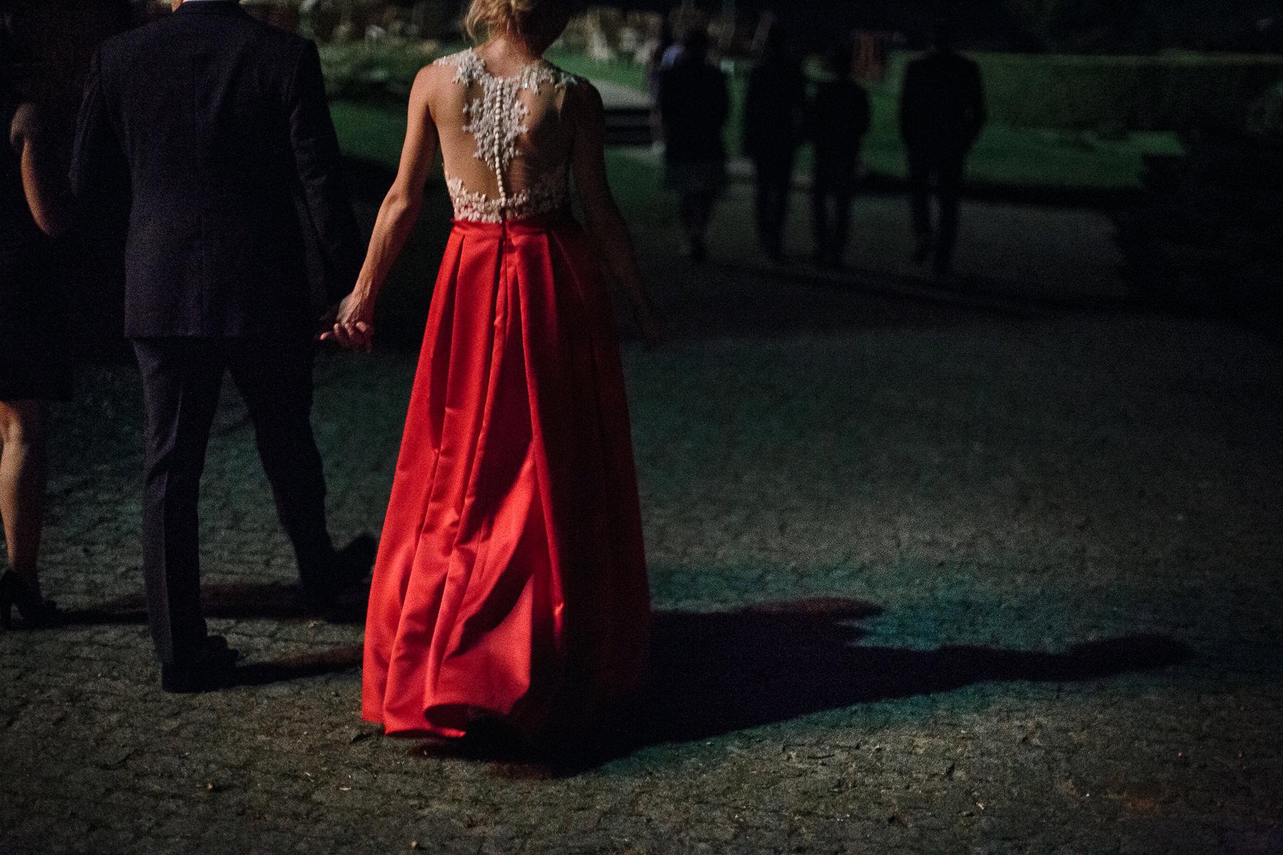 czerwona suknia ślubna inspiacje