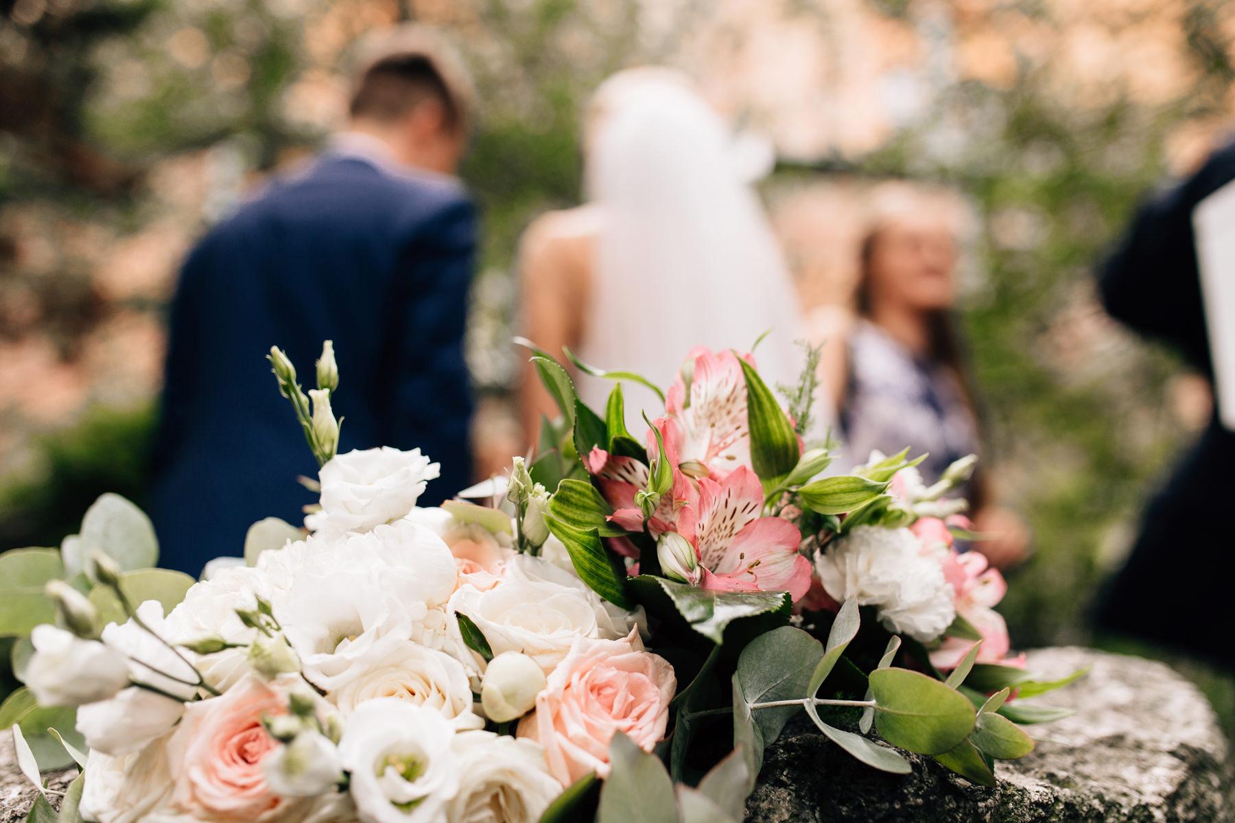 ślub w katedrze kamień