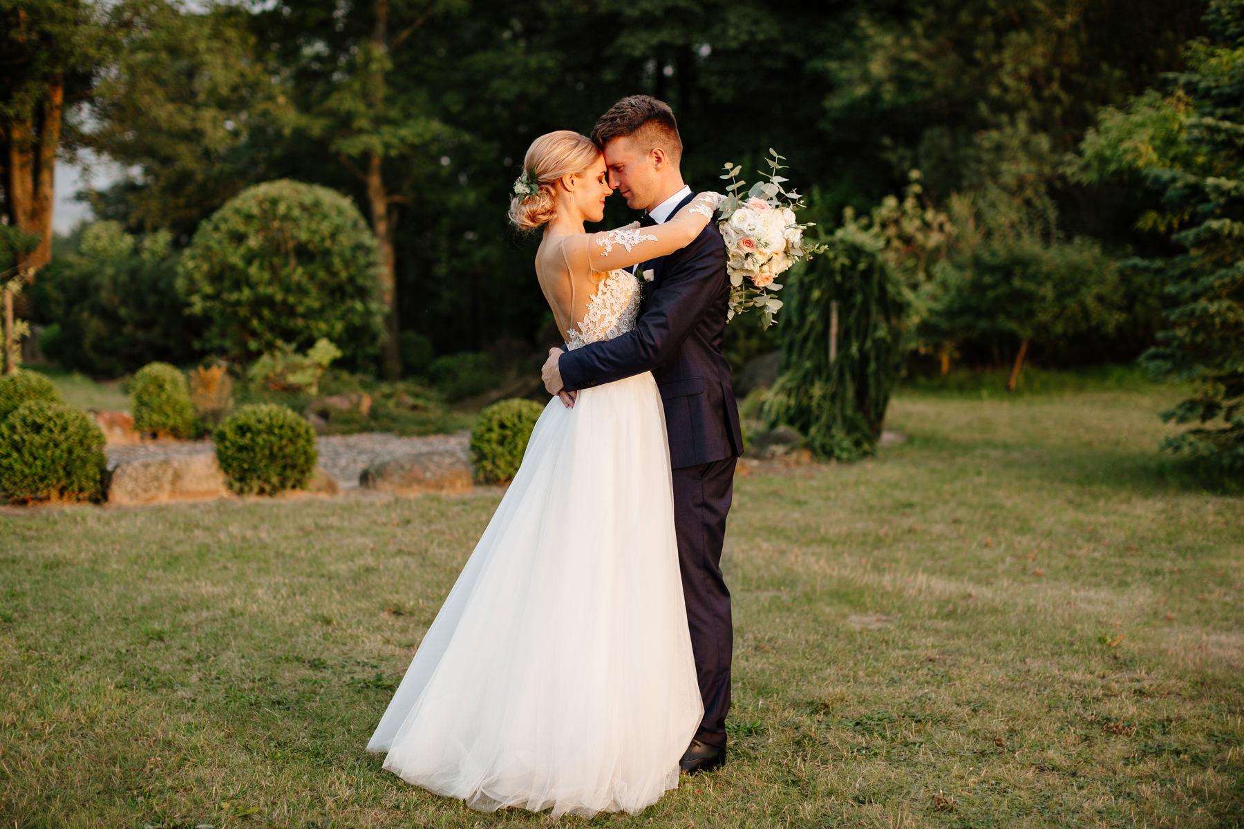 para młoda w dniu ślubu