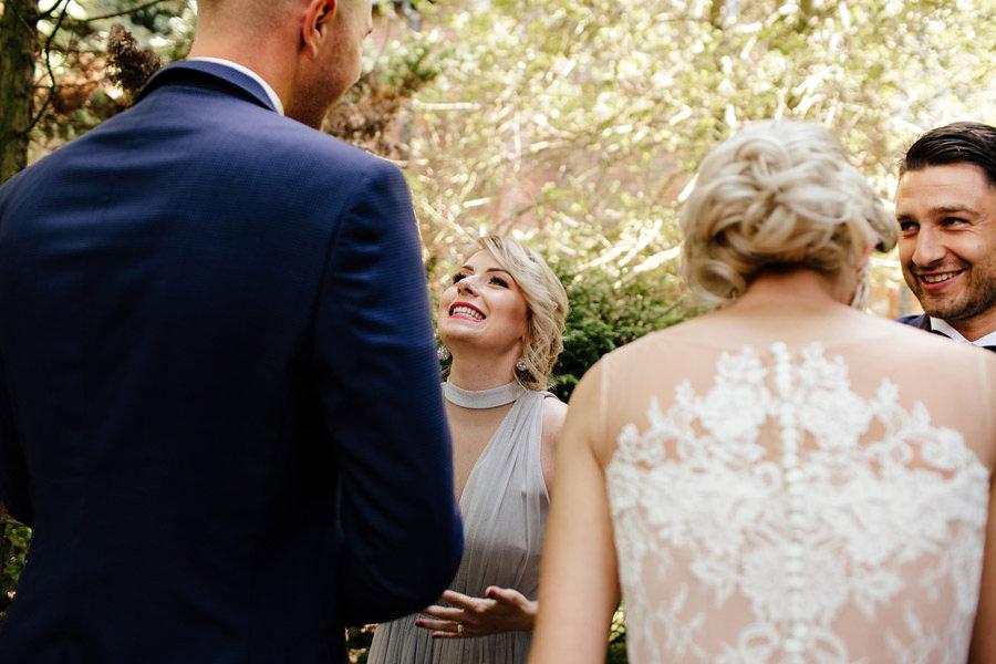 radość w dniu ślubu