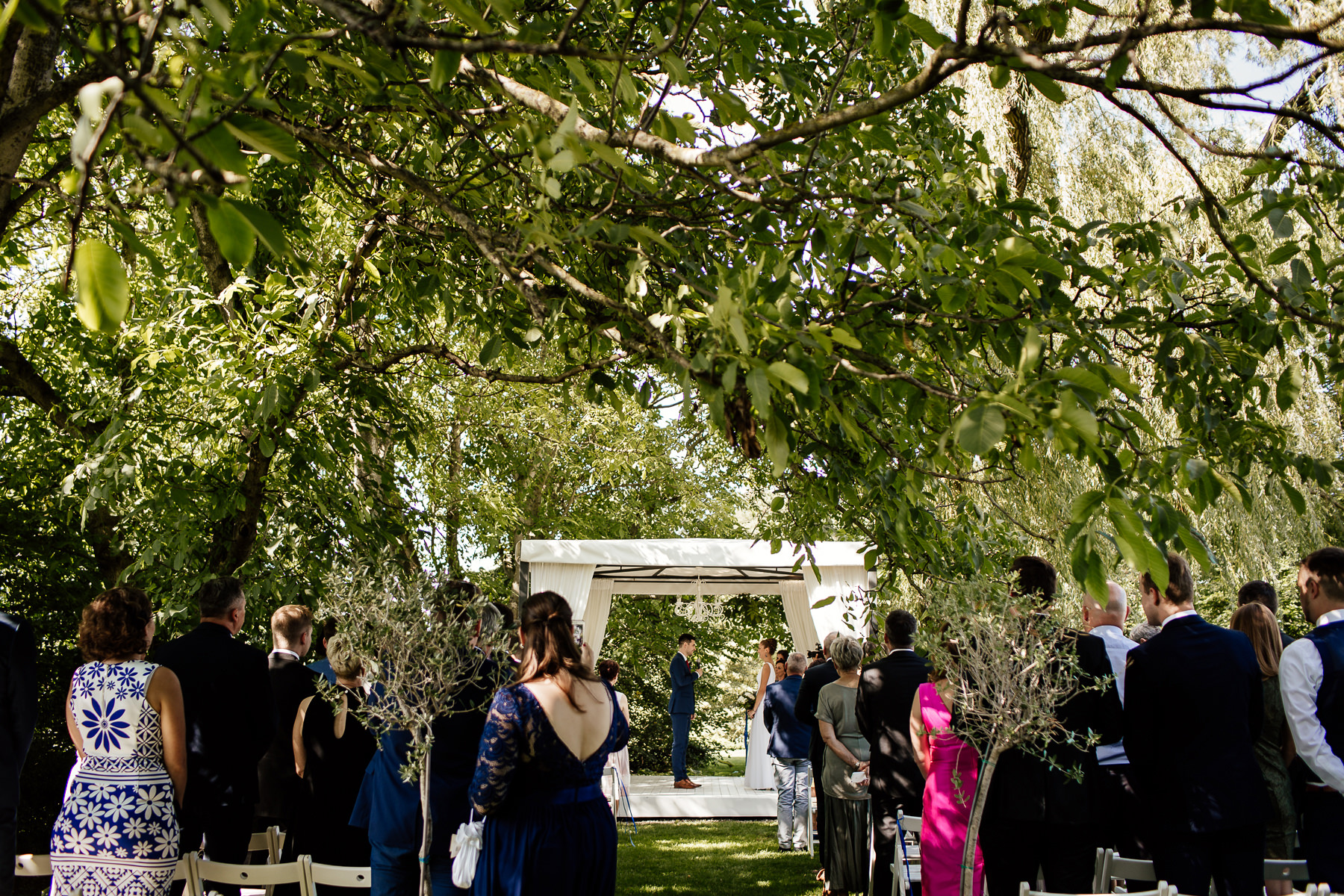 biała wstążka ślub w ogrodzie szczecin