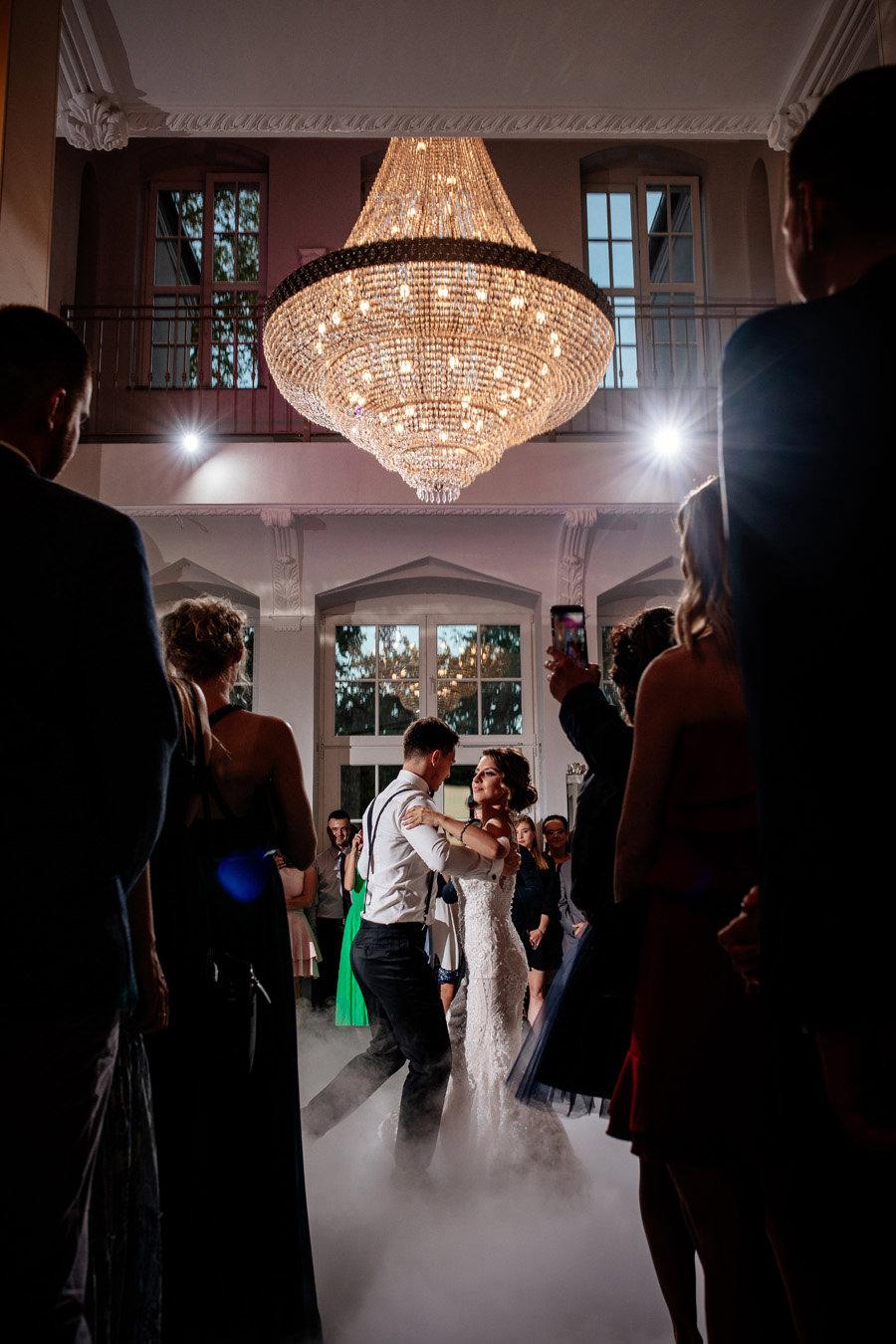 wesele w pałacu rajkowo, pierwszy taniec