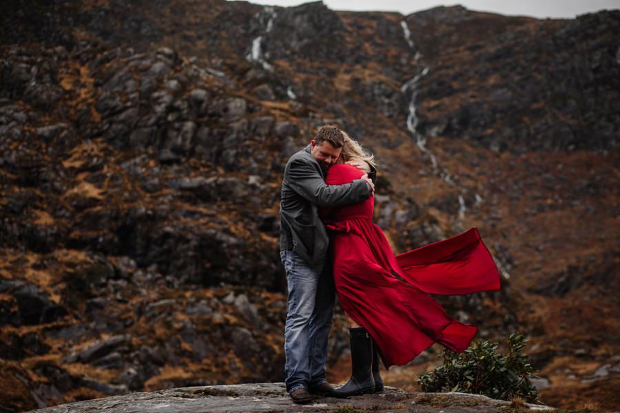 klimatyczna sesja w irlandii, sesja w górach