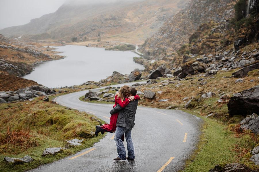 emocjonalna sesja narzeczeńska w irlandii