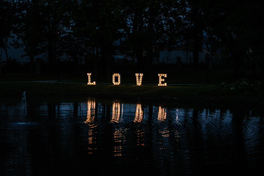 napis love wesele szczecin