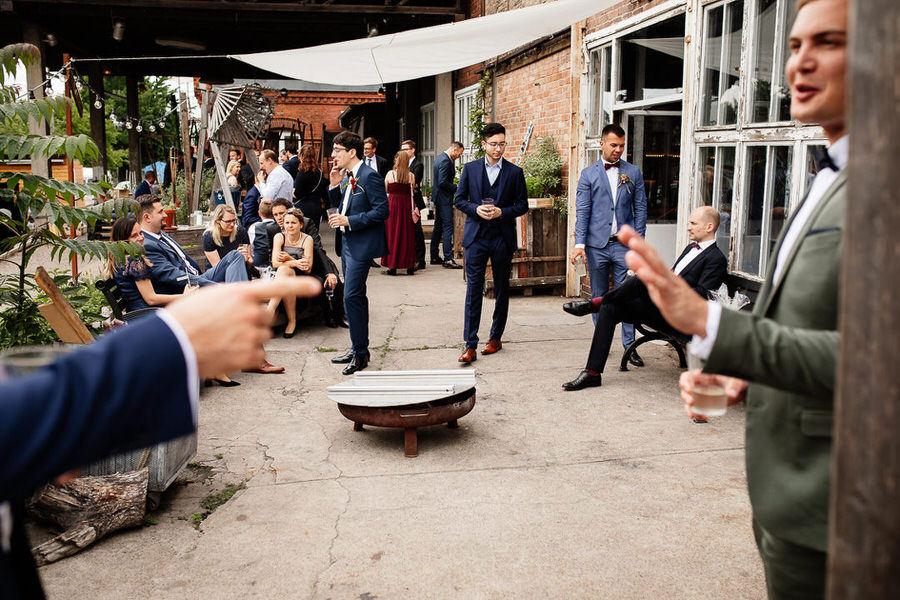 Reportaż ślubny Berlin KAOS - ślub industrialny