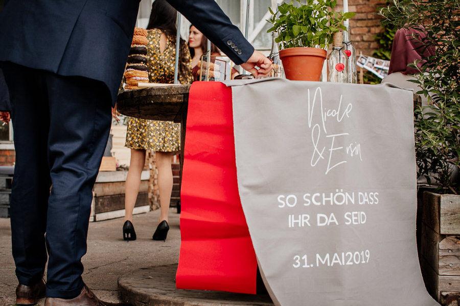 Urbanistyczne wesele w Berlinie dekoracje