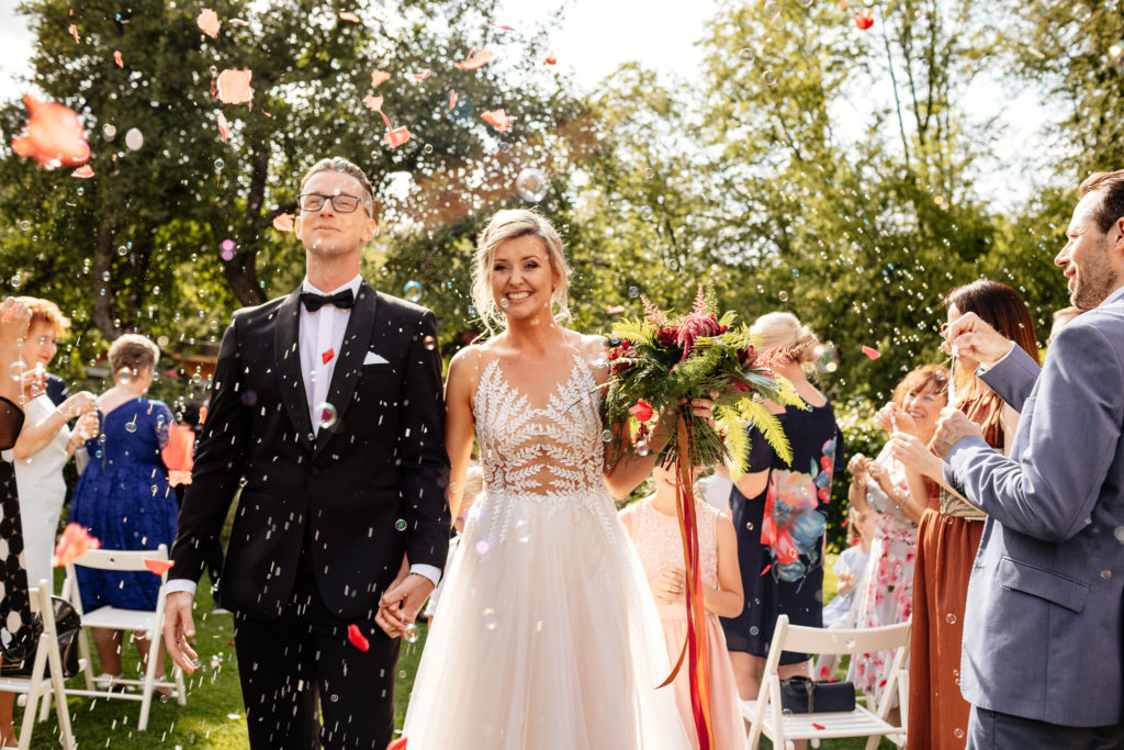 młyn nad starą regą tarnowo ślub plenerowy