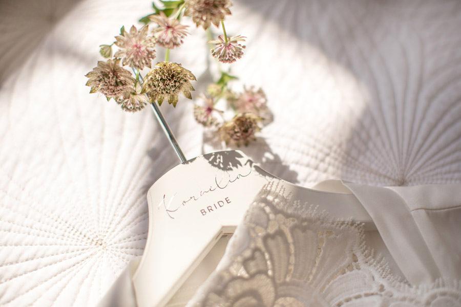 eleganckie detale na ślub suknia ślubna