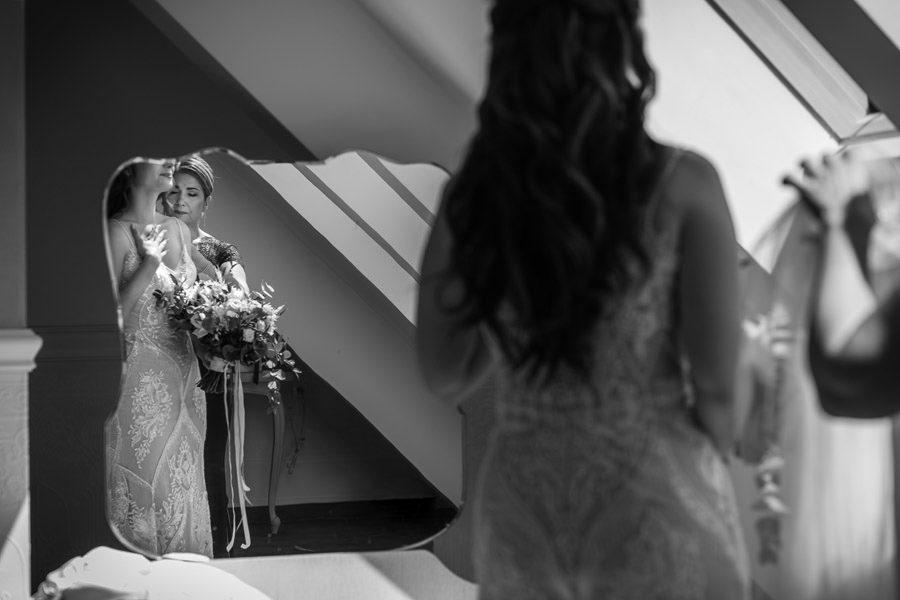 klimatyczne czarno białe zdjęcia ślubne
