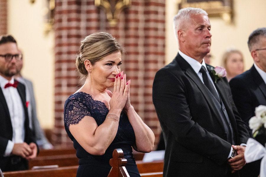 emocjonalne zdjęcia ślubne, reportaż ślubny