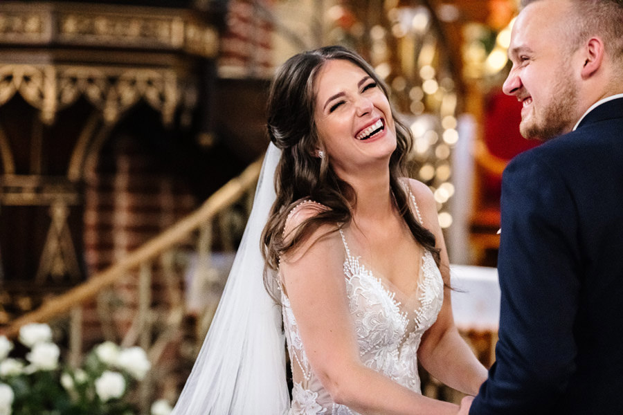 najpiękniejsze reakcje na ślubie w kościele