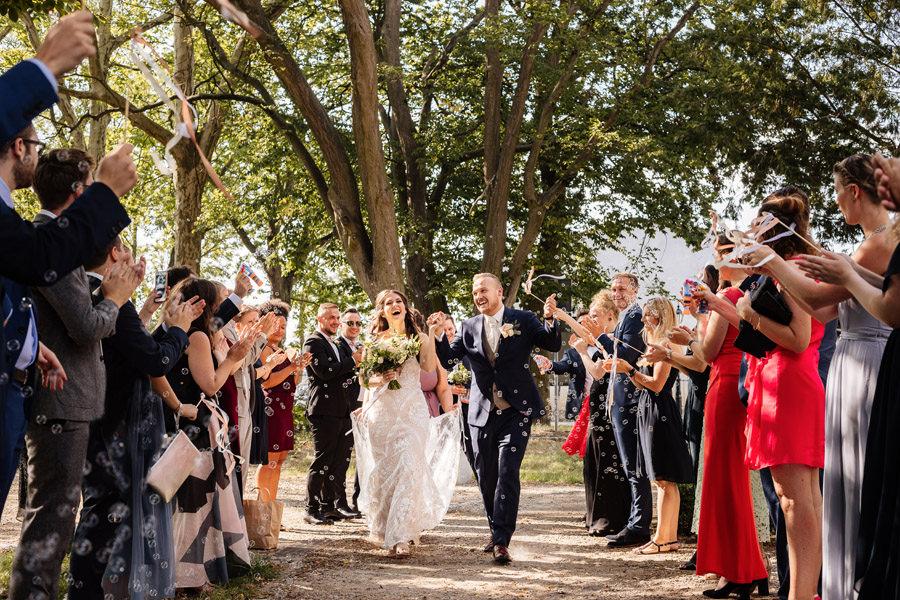 reportaż ślubny kasia i tomek pałac rajkowo, eleganckie wesele