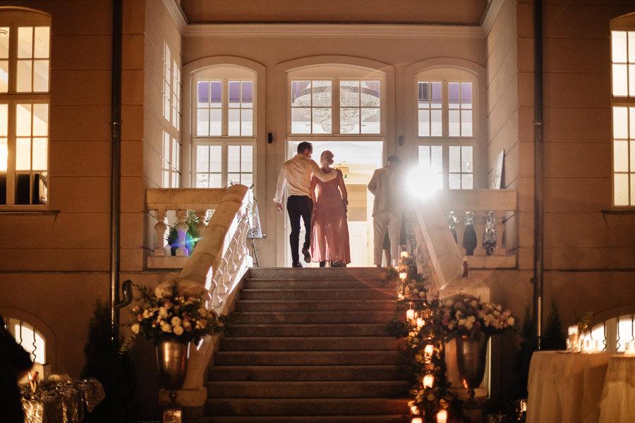 klimatyczne miejsca na kameralny ślub w szczecinie pałac rajkowo
